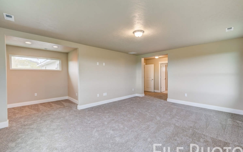 3517_S_Lincoln_St_Kennewick-43_Master_Suite
