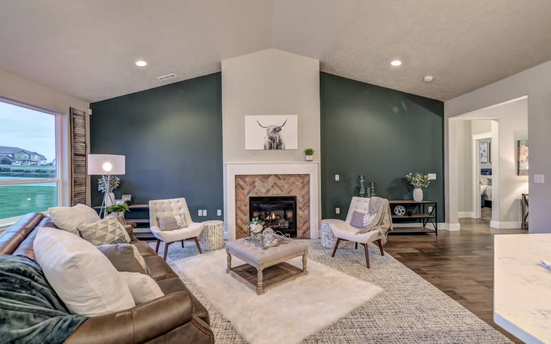 5901_Grandin_Lane_Pasco-19_Family_Room