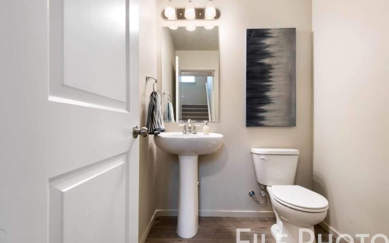 613_W_35th_Ave_06_Half_Bathroom